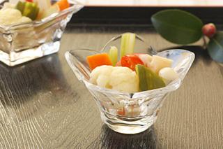 色とりどり 野菜のピクルス